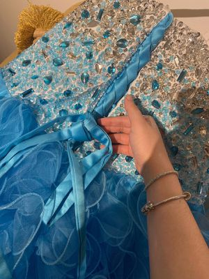 Blue quinceanera dress. In very good condition. Just used once. for Sale in Orlando, FL