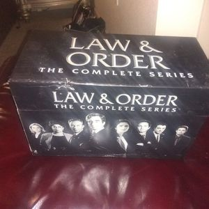 Law And Order box Set for Sale in Phoenix, AZ