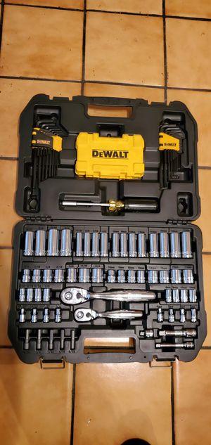Dewalt mechanics toolbox tool box tool set for Sale in Rosemead, CA