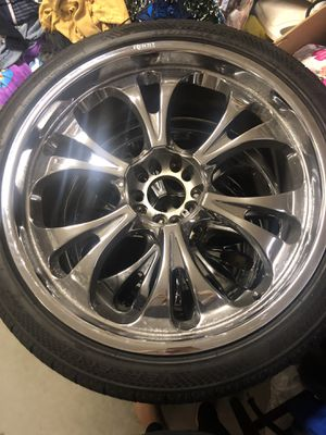 "24"" chrome rims for Sale in Hudson, FL"