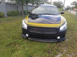 Nissan maxima for Sale in Miami, FL