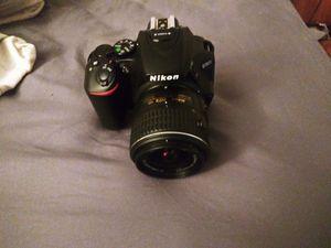 Nikon - D5600 DSLR Camera with AF-P DX NIKKOR 18-55mm f/3.5-5.6G VR Lens - Black Model:1576 SKU:5715101 for Sale in Virginia Beach, VA