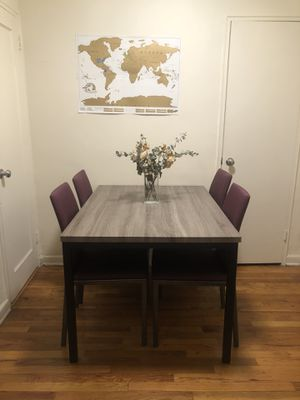Cute Dining Room Table for Sale in Queens, NY