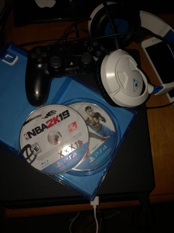 Play station 4 (2 games ) + headset(best offer)