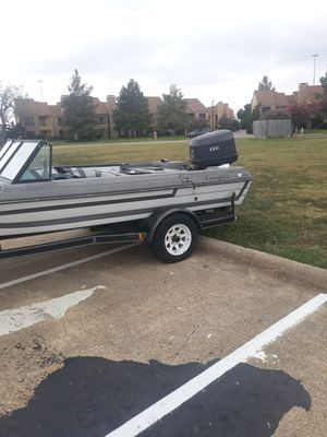 19ft evinrude 1987 120hp for Sale in Garland, TX