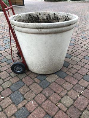 Flower pot for Sale in Austin, TX