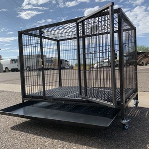 Brand new 37 inch HD dog kennel crate w/ PLASTIC FLOOR , tray, casters 🐶 see dimensions in second picture 🐶 Get It Today😱 for Sale in Gilbert, AZ
