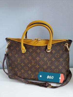 Handbag for Sale in Miami Gardens, FL