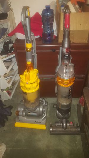 2 Dyson Vacuums for Sale in Smyrna, GA