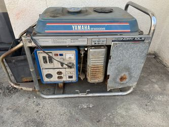 Generator Yamaha 4000 for Sale in Garden Grove, CA