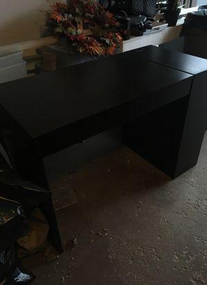 Crate and Barrel Wood Desk, for Sale in Wheaton, IL