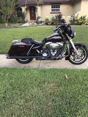 2011 Harley Davidson Street Glide 103 13k miles Vance & Hines pipes beautiful machine , for Sale in Longwood, FL