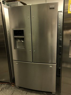 Frigidaire French 3 Door Stainless Steel Refrigerator for Sale in Los Angeles, CA