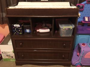 Changing table/dresser for Sale in Lexington, KY