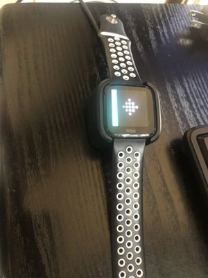 Fitbit Versa . for Sale in Spring, TX