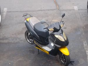 150cc moped for Sale in Las Vegas, NV