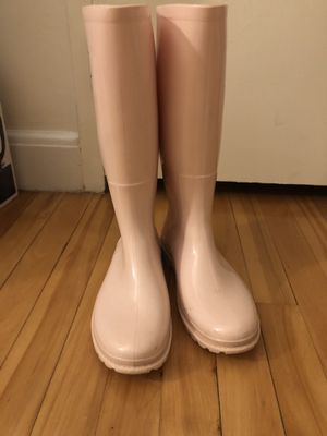 Women's rain boots (size:38/7.5M) for Sale in Brookline, MA