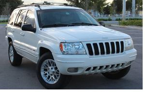 Excellent 2004 Jeep Grand Cherokee AWDWWheels for Sale in Boston, MA