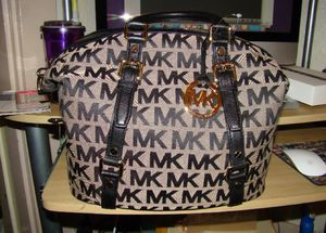 Michael Kors Bedford Satchel for Sale in Pittsburgh, PA