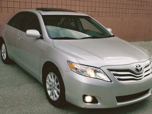 oversized 2012 Toyota Camry fdgh for Sale in Denver, CO