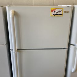 Used Haier Top Mount Refrigerator for Sale in Portland,  OR