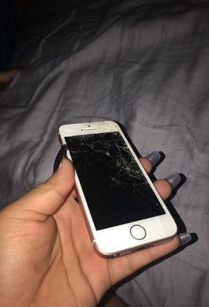 Iphone 5 Se for Sale in Hyattsville, MD