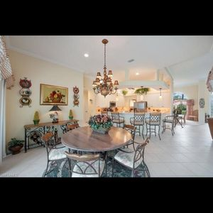 Six foot table seats six for Sale in Fort Myers, FL