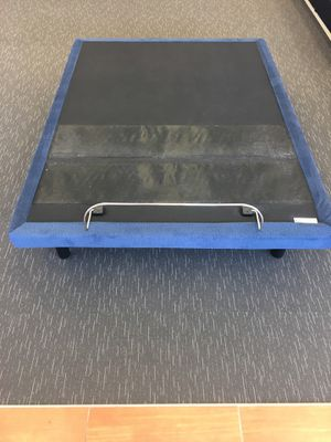Serra motion series adjustable base King or Queen size available- for Sale in Denham Springs, LA