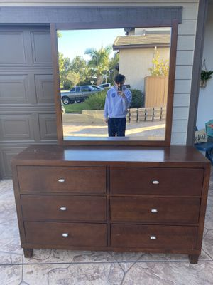 Whole bedroom set for Sale in Chula Vista, CA