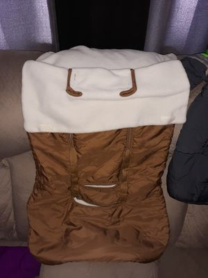 Cozy cuddler car seat and stroller cover for Sale in Cheyenne, WY