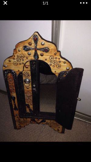 Antique mirror for Sale in Annandale, VA