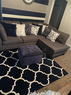 Sectional for sale 650 pillows and ottoman NOT for sale for Sale in Hamtramck, MI