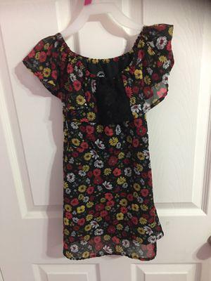Girls Flower Dress (Size 5). for Sale in Garden Grove, CA