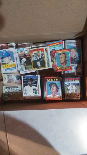 BASEBALL CARD COLLECTION for Sale in Ridge, NY