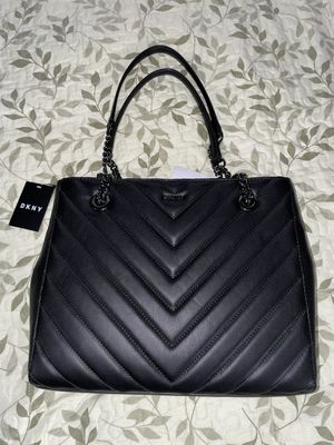 DKNY Black Chain Shoulder Bag for Sale in New York, NY
