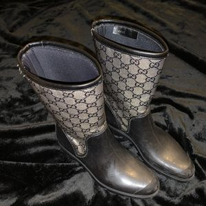 Gucci rain boots size 36 (6) for Sale in McKinney, TX