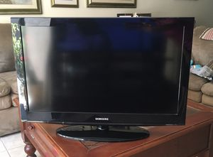 Samsung 32 in tv for Sale in San Diego, CA
