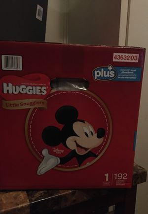 Huggies pampers 192 diapers size 1 for Sale in Fresno, CA