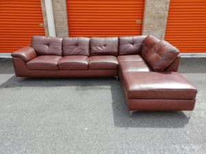 CINDY CRAWFORD BROWN LEATHER Sectional Sofa / Couch - DELIVERY NEGOTIABLE for Sale in Boca Raton, FL