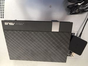 Asus rt-ac56u ac-1200 dual band wireless gigabyte router for Sale in Torrance, CA