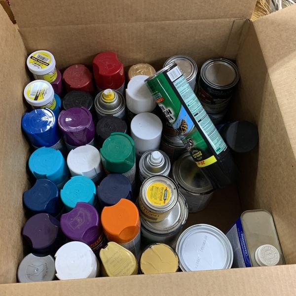 Spray Paints And Paints
