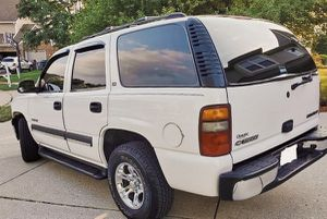 Runs like a champ // SUV CHEVY TAHOE 03 for Sale in Baltimore, MD