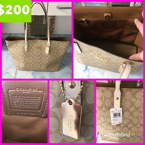 NWT WOMAN'S COACH TOTE BAG $200 for Sale in Sebring, FL