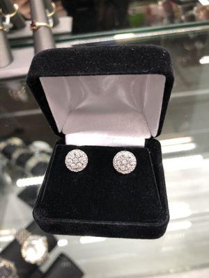 14KT White Gold Diamond Earrings for Sale in Whittier, CA