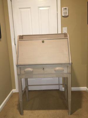 Desk-antique secretary's desk for Sale in NJ, US