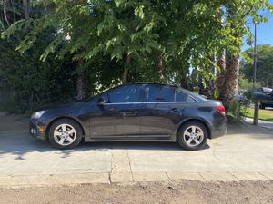 Chevy Cruze for Sale in Riverside, CA