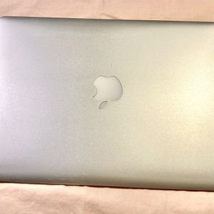 """MacBook Air 13"""" 2015. For Parts Or Repair. for Sale in National City, CA"""