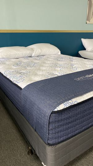 Queen Mattress Plush Firm with built in support foam 86 for Sale in Irving, TX