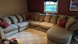 Sectional Couch. 6 pieces for Sale in Chadds Ford, PA