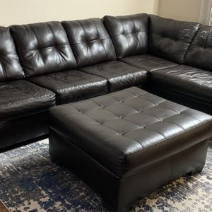 Sectional Sofa With Ottoman for Sale in Bellevue, WA